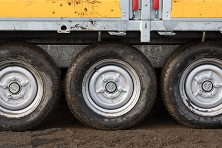 "Heavy duty 12"" wheels"