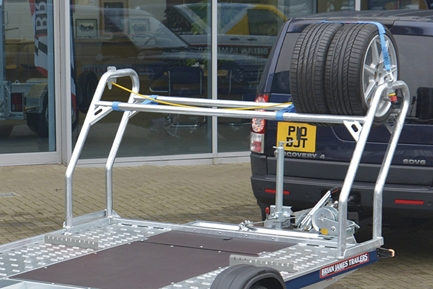 High level tyre rack