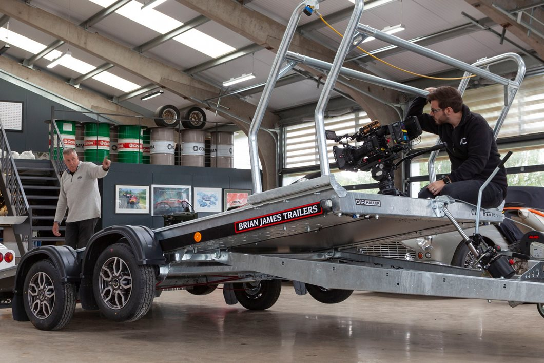 Car Hauler stars in new video